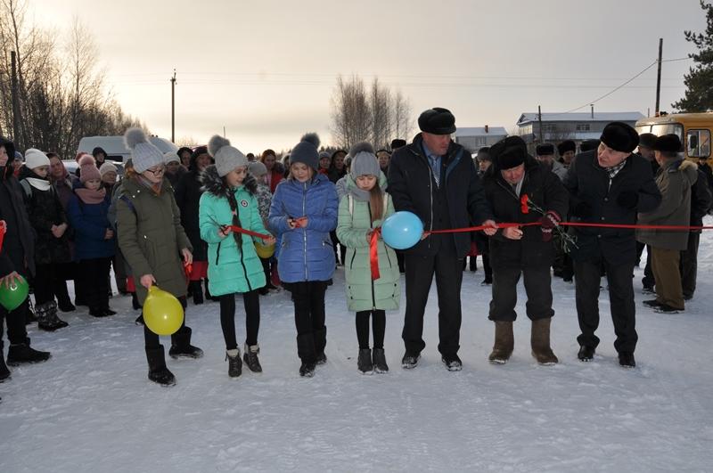 Состоялось открытие дороги в деревне, вырастившей Героя Советского Союза