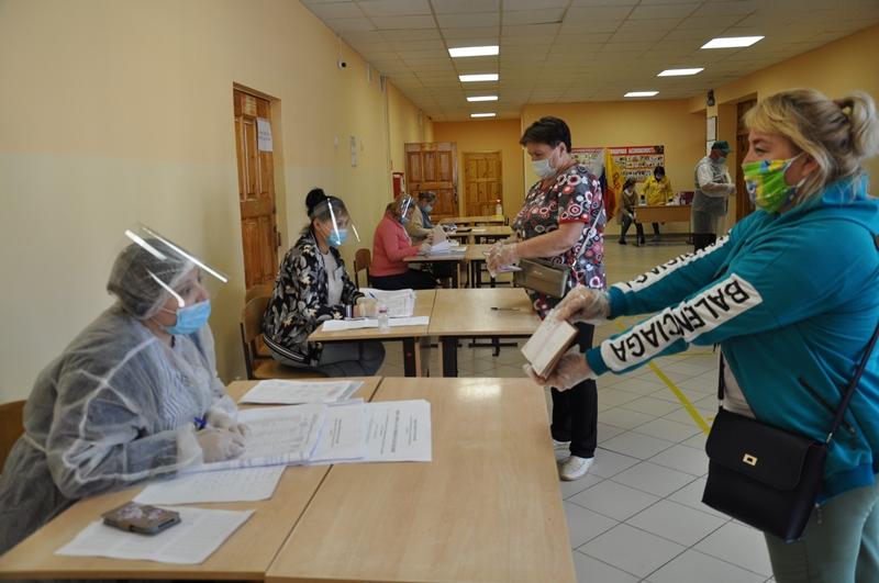 В Вурнарском районе продолжается голосование по поправкам в Конституцию