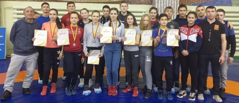 11 борцов района – призеры первенства Чувашской Республики